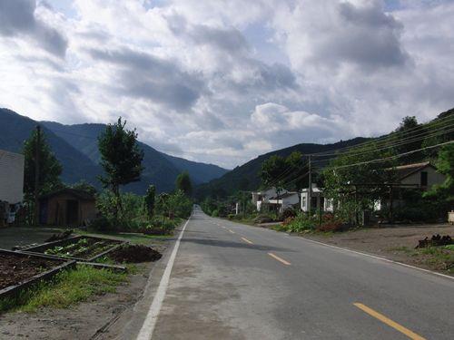 连云寺村の入口